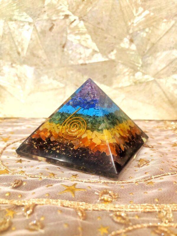 Piramide dei 7 Chakra in Orgone