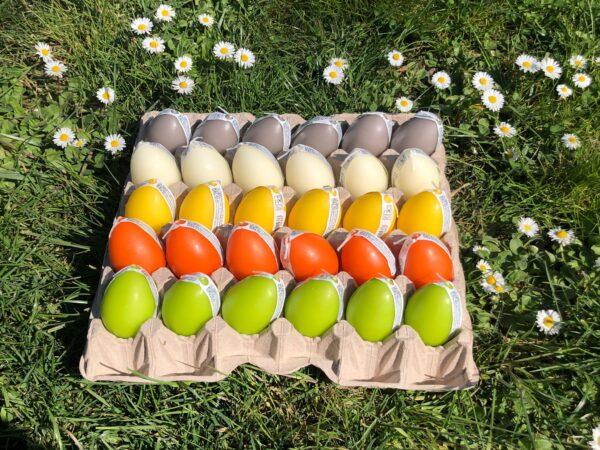 Candela uovo colorato